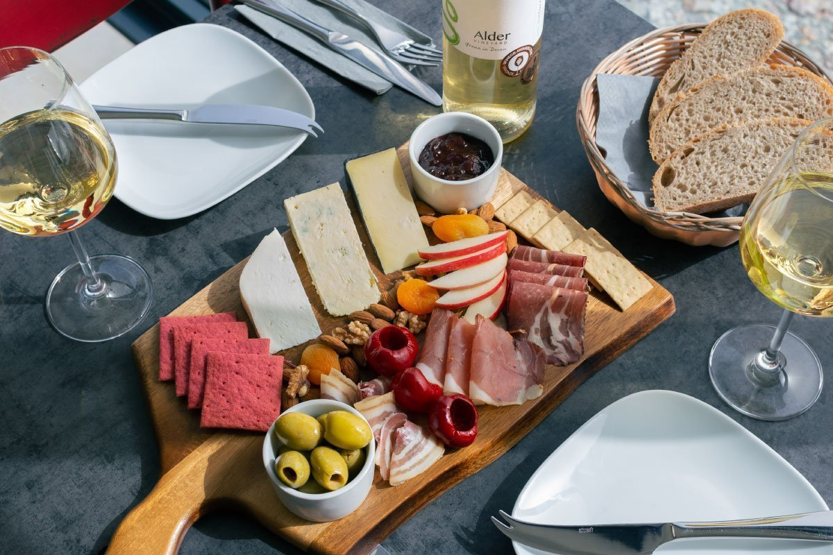 Winemakers platter - lunch near Okehampton